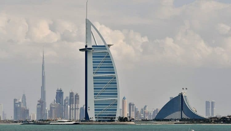 ثروات الأغنياء في دبي تلامس 2 تريليون درهم