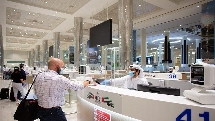 العالم في ضيافة الإمارات.. نمو أعداد المسافرين إلى الدولة وحجوزات فندقية طويلة الأمد