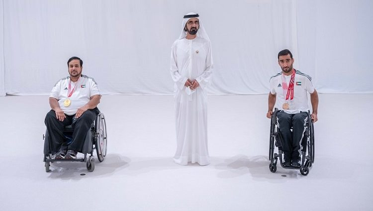 محمد بن راشد: أبطالنا العرياني والحمادي رفعا علم الإمارات في اليابان