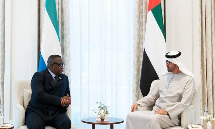 محمد بن زايد يستقبل رئيس سيراليون